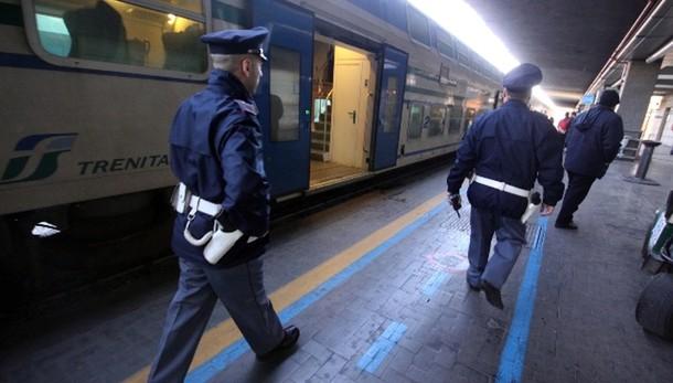 Violenza sessuale: aggredita in treno