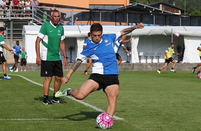 Gomez si allena a Rovetta