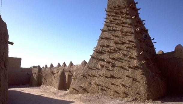 Mali: restaurati mausolei Timbuctù