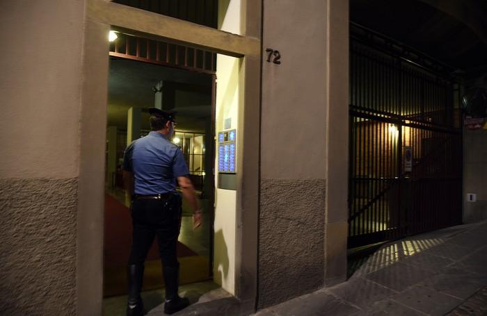 La rapina in via Sant'Alessandro