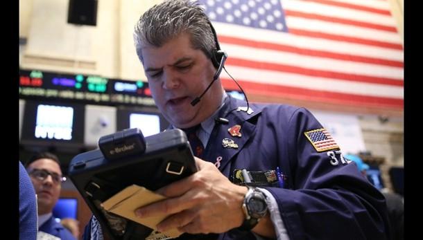 Borsa: Wall Street apre contrastata