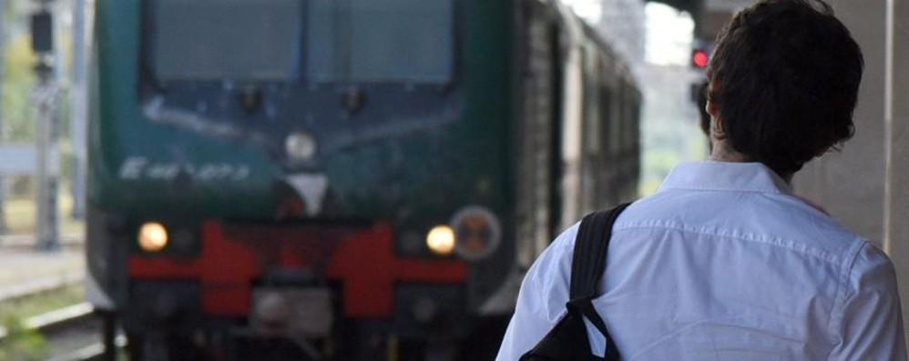 Treni cancellati e super caldo, nuovi disagi Corre la petizione online: oltre 3 mila firme