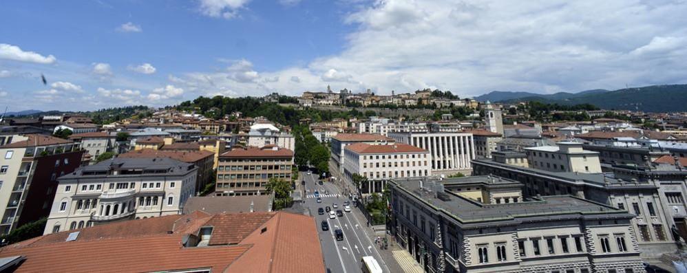 Bergamo vista dall'alto Apre la Torre dei Caduti
