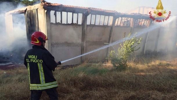 Esplosione fabbrica nel barese, 4 morti