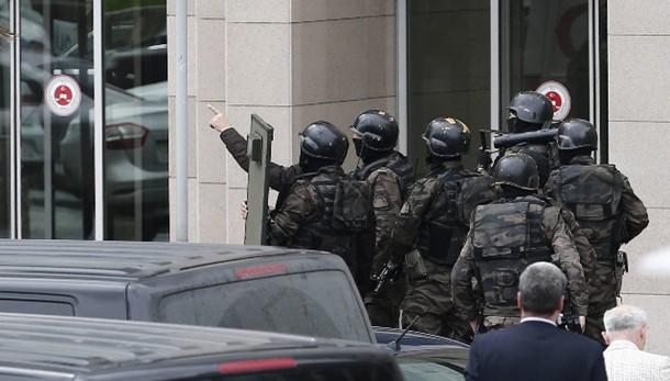 Turchia: 251 arrestati per terrorismo