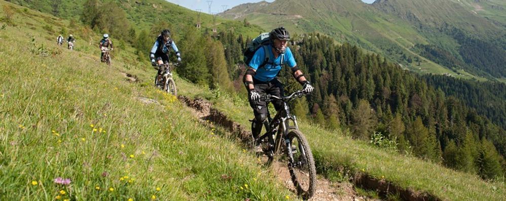 Emozioni e adrenalina al Bike Fest Weekend in Val Brembana sui pedali