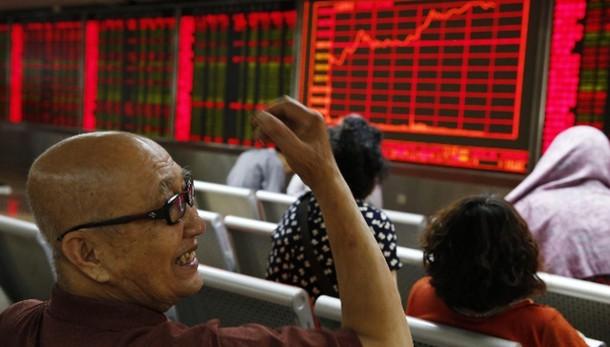 Borsa:timori economia, giù Shanghai -6%