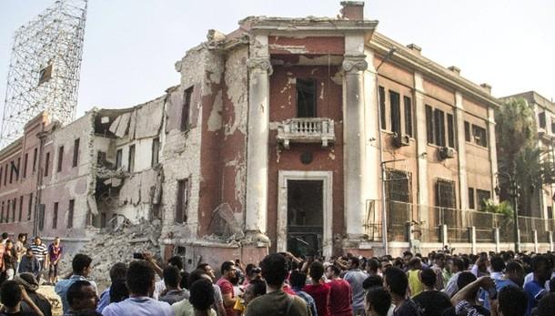Consolato Italia, uccisi due sospetti