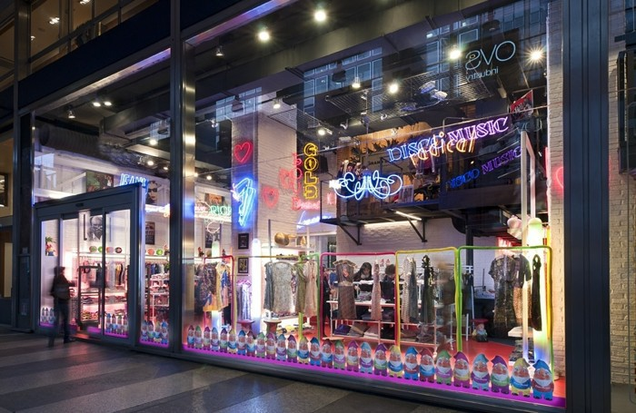 Elio Fiorucci - negozio in viale Vittorio Veneto a Milano