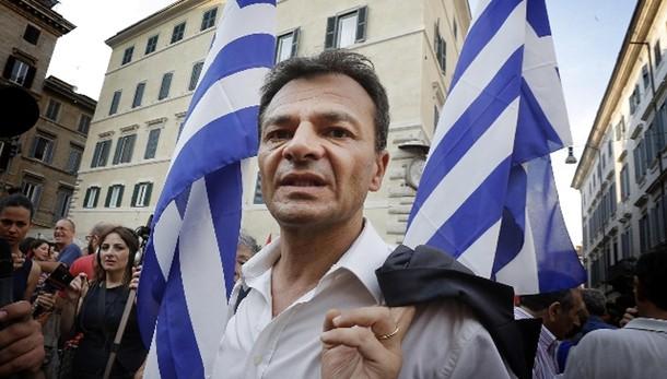 Sinistra italiana in piazza ad Atene