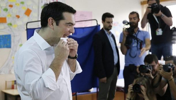 Tsipras, giorno di festa per democrazia