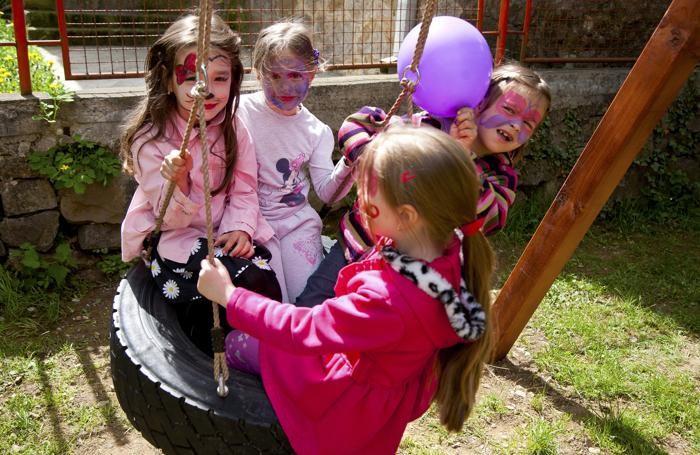 Bambine della Casa del Sorriso (foto di Cristina Francesconi)