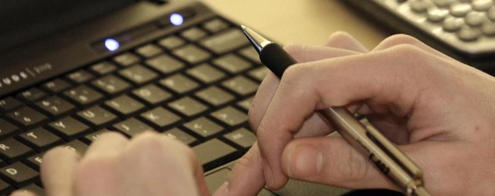 La finta bolletta nasconde un virus Enel: «Email truffa, fate attenzione»