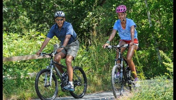 Obama in vacanza a Martha's Vineyard