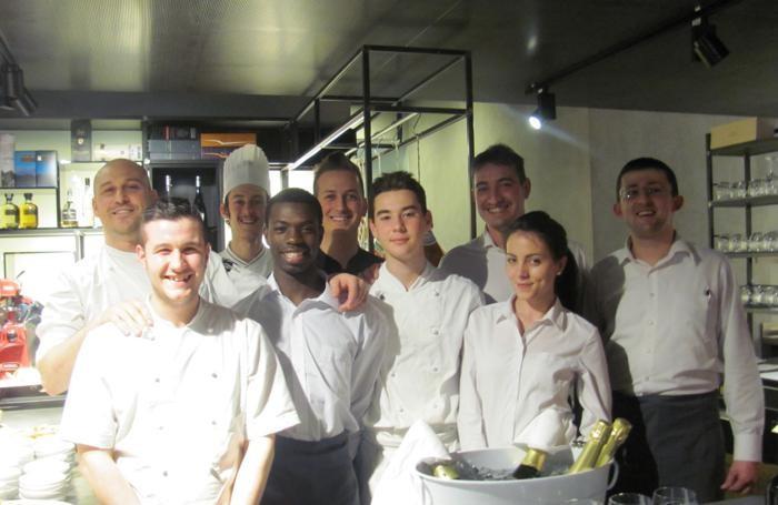 Lo staff del ristorante l'8C