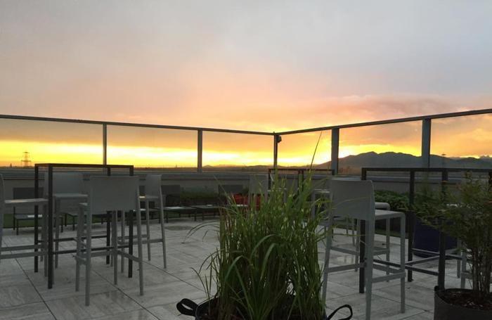 Un bel tramonto dalla terrazza del ristorante