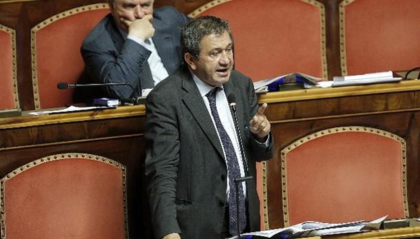 Azzollini, mi dimetto da presidente