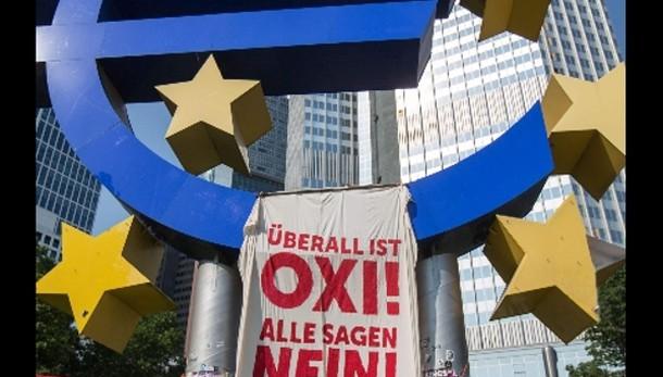No Senato a urgenza per referendum euro