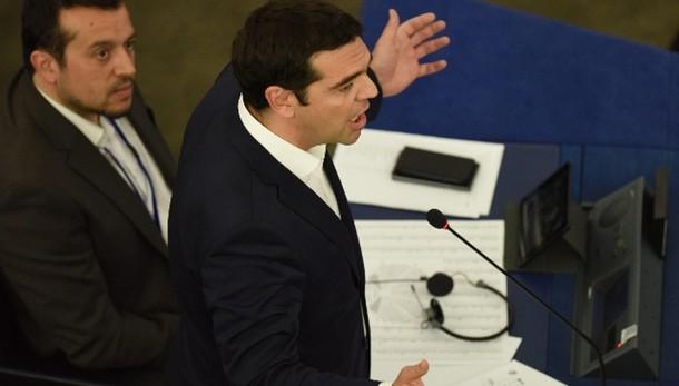 Tsipras, vogliamo abolire pensioni baby