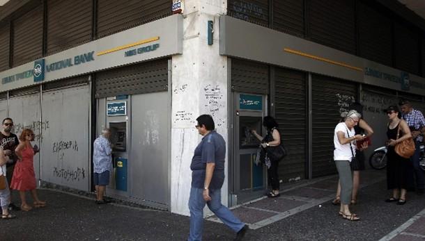 Grecia: banche chiuse fino a lunedì