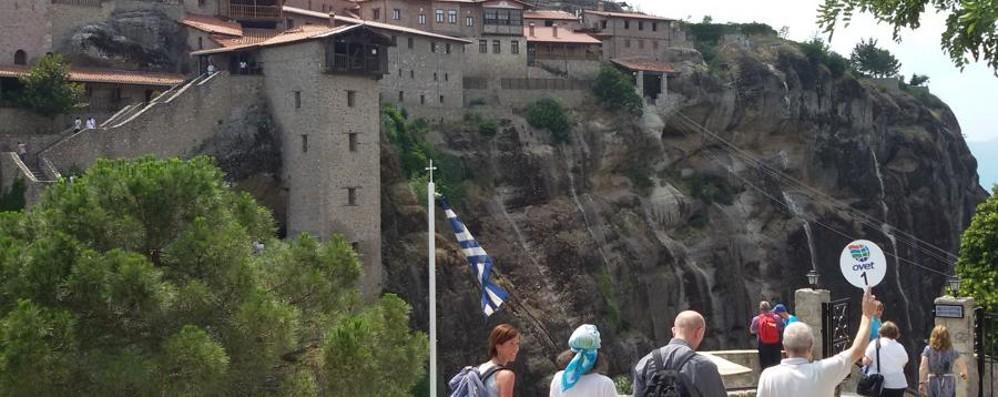 Grecia, tragedia durante il pellegrinaggio  Malore stronca 73enne di Rota Imagna