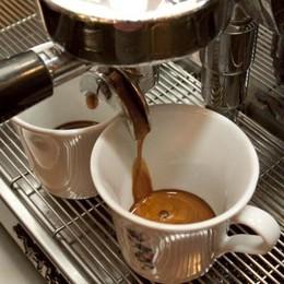 Afflitti da stanchezza in viaggio? Ecco quanto caffè bisogna bere
