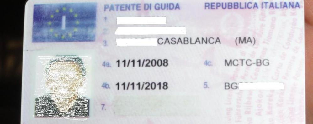 Patenti per stranieri, ma col trucco Coinvolto un egiziano di Bergamo