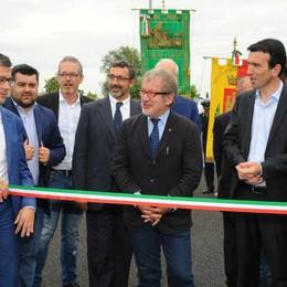 Romano, inaugurata la variante Nord Maroni: «Investiamo in infrastrutture»