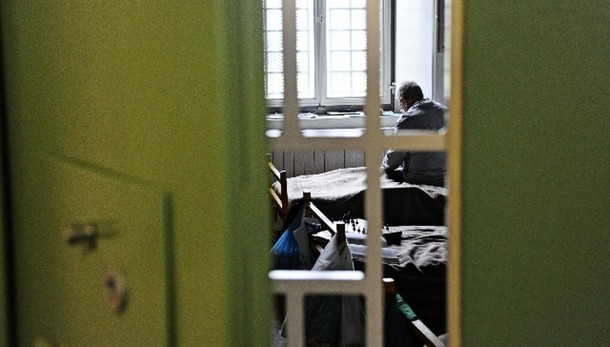 Detenuto evade da carcere Ancona