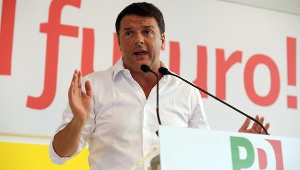 Renzi, Jobs Act sono strada giusta