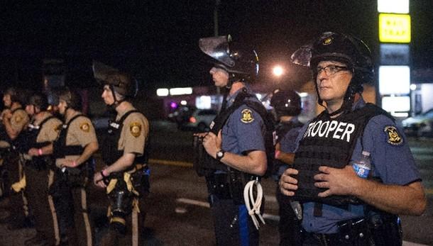 Usa: polizia spara, ucciso 15enne nero