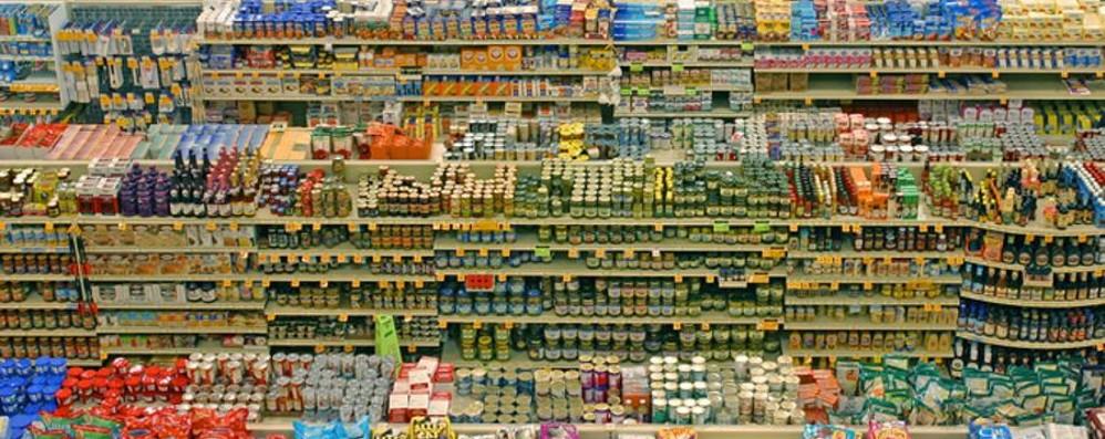 «Sei milioni di tonnellate di cibo in più Serve una legge contro gli sprechi»