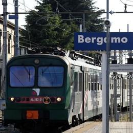 «Trenord non riesce a coprire i turni 50 euro in più se lavori di riposo»