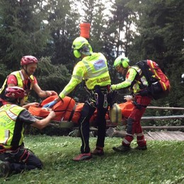 Schilpario, donna ferita sul sentiero Scattano i soccorsi in elicottero - Foto