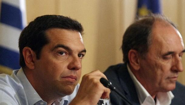 Grecia: c'è accordo, approvati aiuti