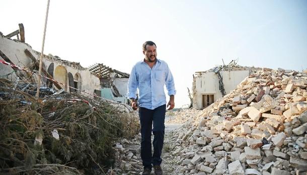 Pil: Salvini, Renzi si dimetta