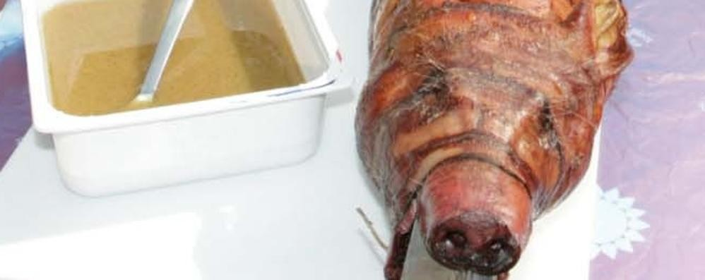 Paladina, teste di maiale (arrosto) trovate davanti alla sede dei vigili