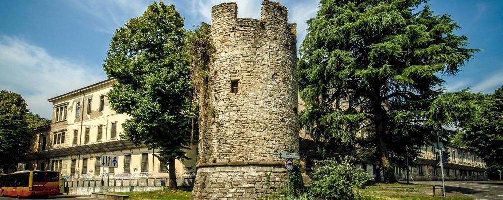 Torre del Galgario, storia dimenticata Viaggio dentro il fortilizio - Foto e video