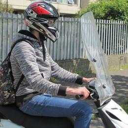 Scooter, si può andare in due a 16 anni Le novità del Codice della strada