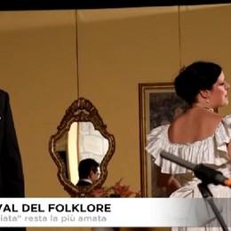 La Traviata ha aperto il 33.o Festival del folklore