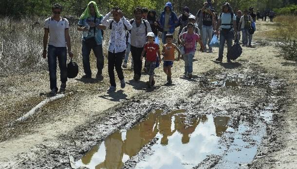 23mila profughi in Serbia in 14 giorni