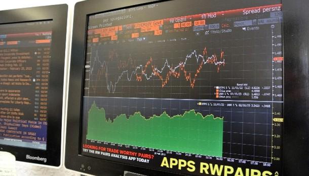Borse:Shanghai affonda in chiusura,-8,5%