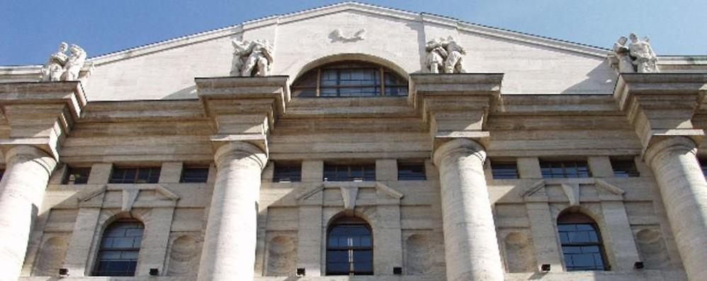 La «bolla cinese» terrorizza i mercati A Milano la  Borsa perde il 5,96%