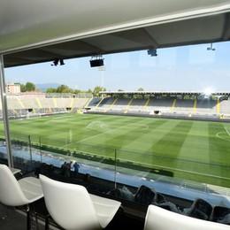 Stadio, tutto pronto per l'esordio: «bruciati» i 32 posti a 5 mila € - video
