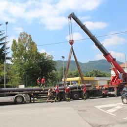 Incidente al trasporto eccezionale Briantea in tilt per tutta la mattina