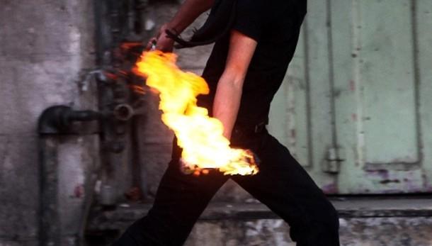 Molotov centra auto coloni a Gerusalemme