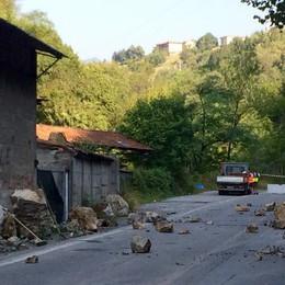 «Venite a far un giro in Val Brembilla dove le strade sono pericolosissime»