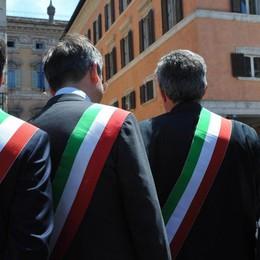 Renzi, i sindaci bergamaschi in rivolta «Noi lavoriamo, lo Stato non ci aiuta»
