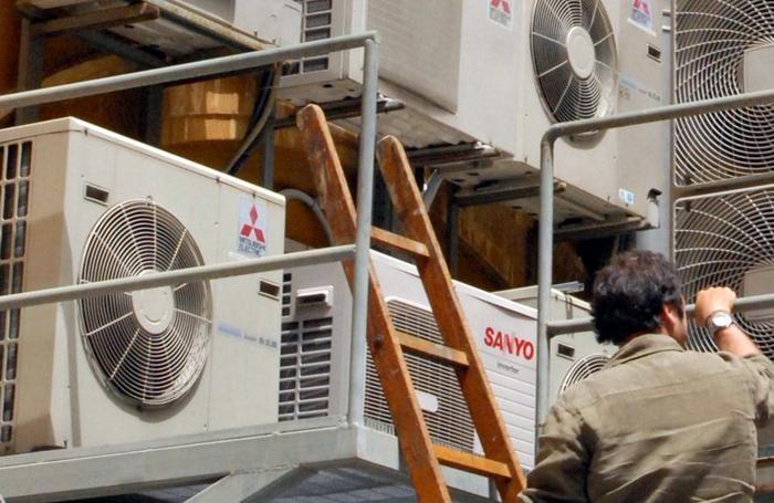 Condizionatori e ventilatori sempre accesi hanno fatto lievitare i consumi di energia