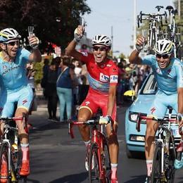 Aru, il re della Vuelta è italiano Guarda la fotogallery dell'impresa